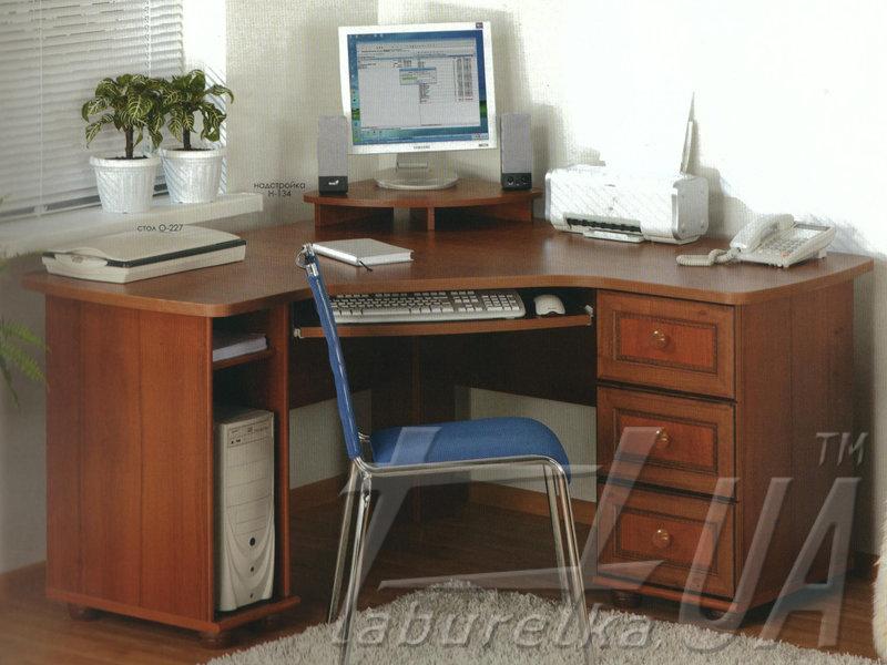 Комп'ютерний стіл О-227